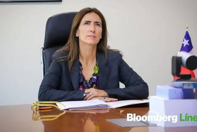"""Ministra Schmidt: Chile debe apuntar a """"medidas urgentes"""" en gestión hídrica"""