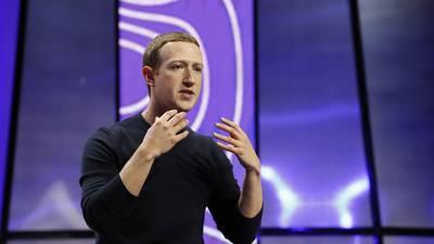 Facebook calma a los inversores a pesar de la avalancha de malas noticias