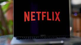 S&P sube nota crediticia de Netflix a grado de inversión