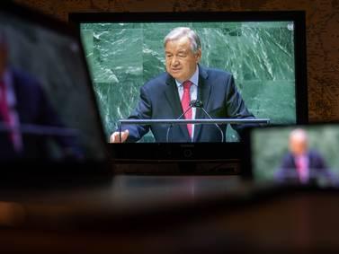La Estrategia del Día: ¿El mundo está al borde del abismo?