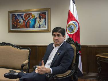 Todos los graduados de secundaria serán bilingües a 2040: presidente de Costa Rica