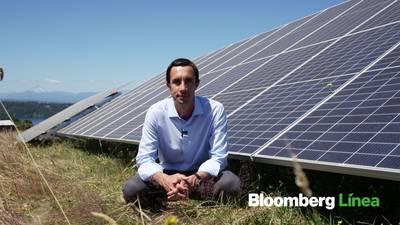 Ministro de Jobet: Chile duplicará su capacidad instalada de energía eólica y solar en 2021