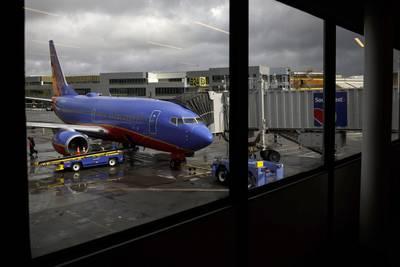 Pilotos de Southwest Air buscan bloquear requisito de vacunación contra Covid-19