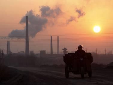 China evalúa intervenir en el mercado del carbón para poner fin a impactante repunte